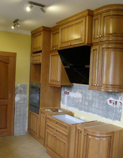 dřevěné kuchyně
