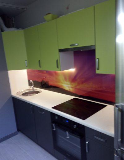 laminatove kuchyně na míru (9)